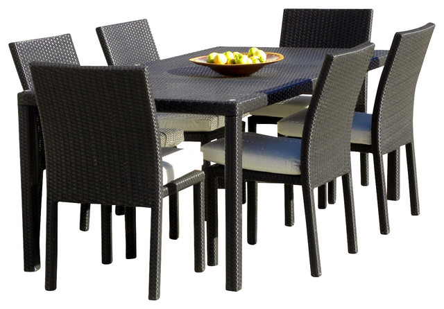 Outdoor Patio Wicker New All Weather 7-Piece Dining Table And Chair Set.