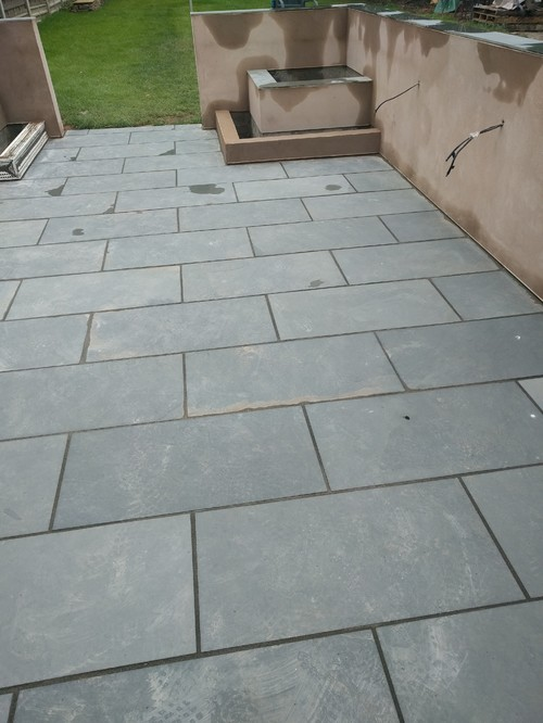 Slate Patio   Filthy And Its New!