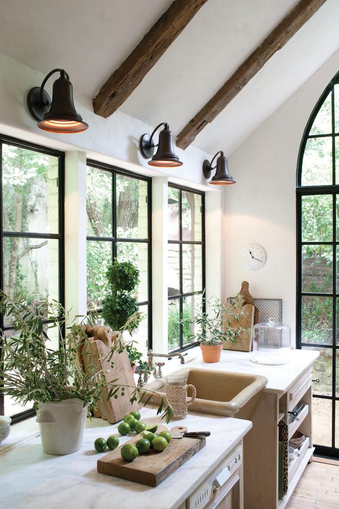 Elegant home design photo in Austin