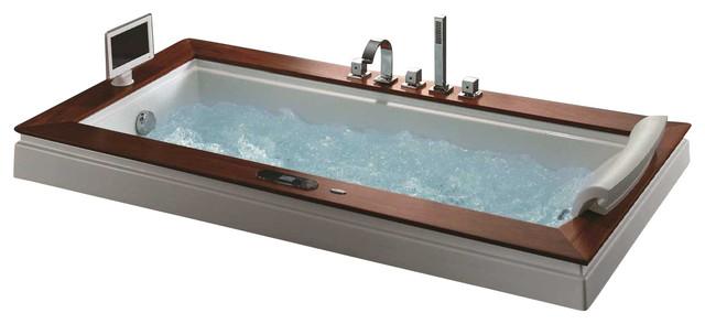 Madison Luxury Whirlpool Tub.