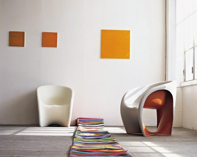 portrait ron arad vers l 39 infini et au del. Black Bedroom Furniture Sets. Home Design Ideas