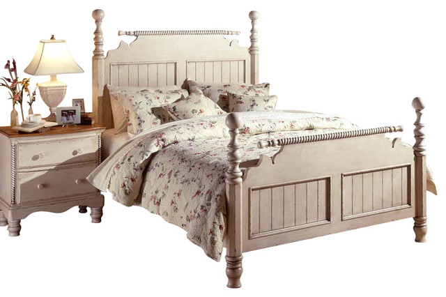 Hillsdale wilshire 4 piece poster bedroom set in antique - Traditional white bedroom furniture ...