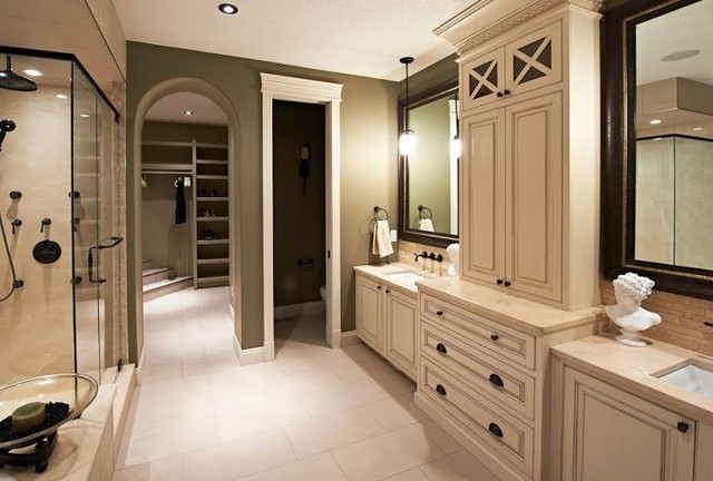 French Chateau Home Cabinetry Design - Traditional - Bathroom