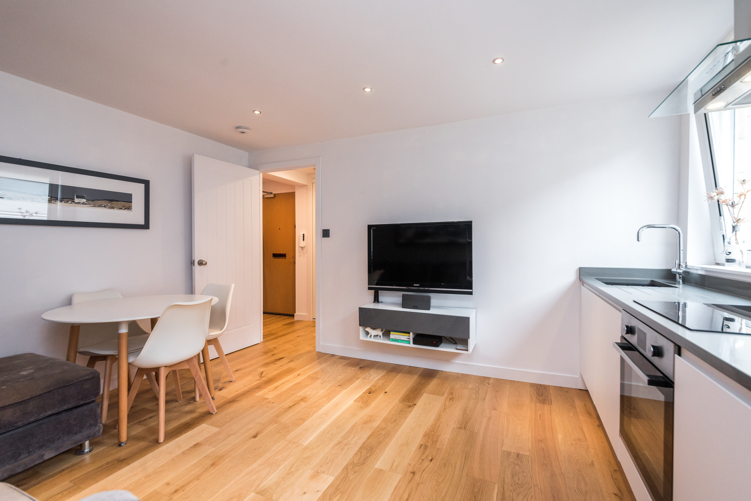 Alterations and Renovation of Mews Apartment, Edinburgh