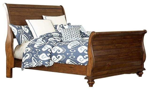 Hillsdale Furniture Pine Island Queen Sleigh Bed, Dark Pine