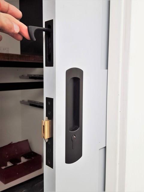 Chant Productions   VS Euro Locking Flush Pull U0026 Finger Pull