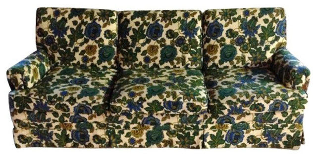 Ethan Allen Vintage Floral Sofa   $1,200 Est. Retail   $400 On Chairish.com