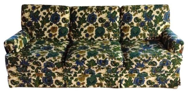 Beau Ethan Allen Vintage Floral Sofa   $1,200 Est. Retail   $400 On Chairish.com