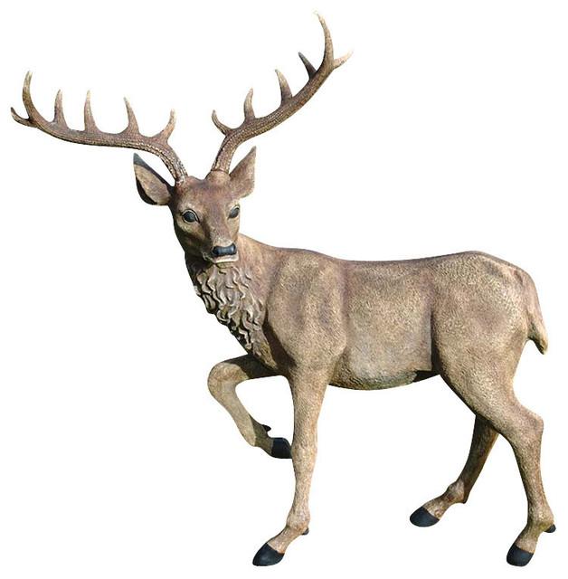 Merveilleux Grand Scale Black Forest Garden Deer Sculpture