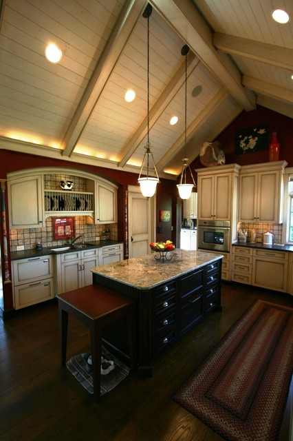 Vaulted Kitchen ceiling w/ light wood cabinets ...