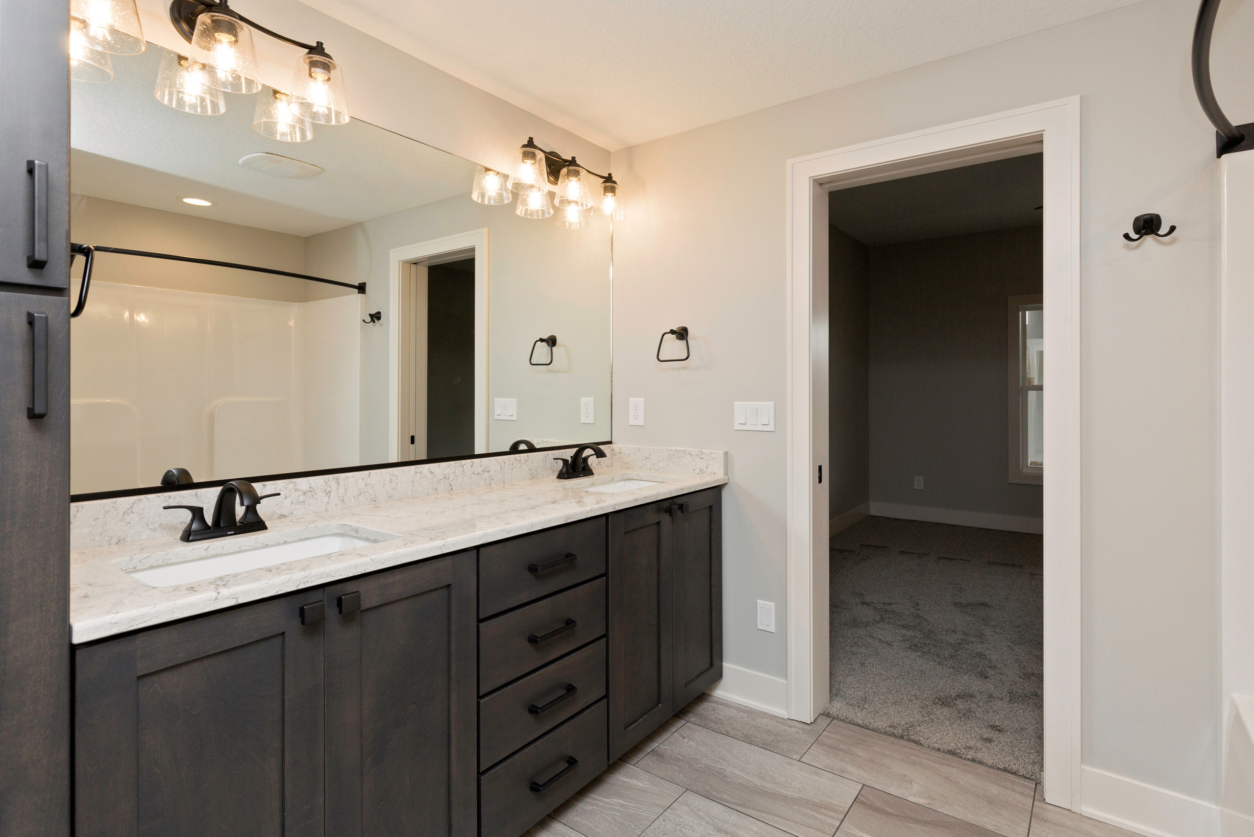 2019 Expanded Edgewater with LL Mother-in-law suite