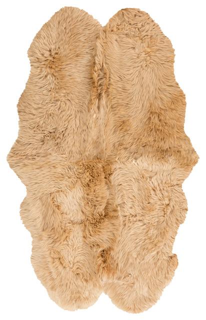 Surya Sheepskin Hand Crafted Area Rug, 4&x27;x6&x27;.