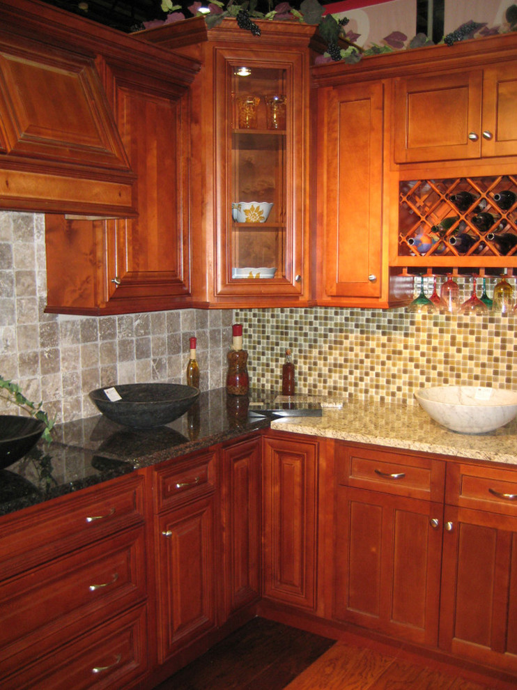 Cherry Kitchen Cabinets Home Design - Traditional ...