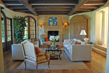 traditional living room by Jessica Hall Associates