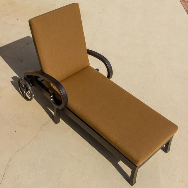 Avondale cast aluminum patio chaise lounge modern for Chaise longue textilene alu