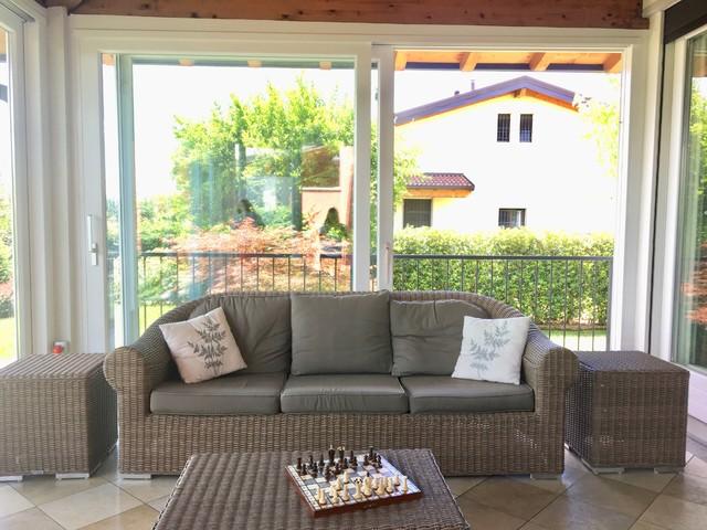 Foto di una veranda design