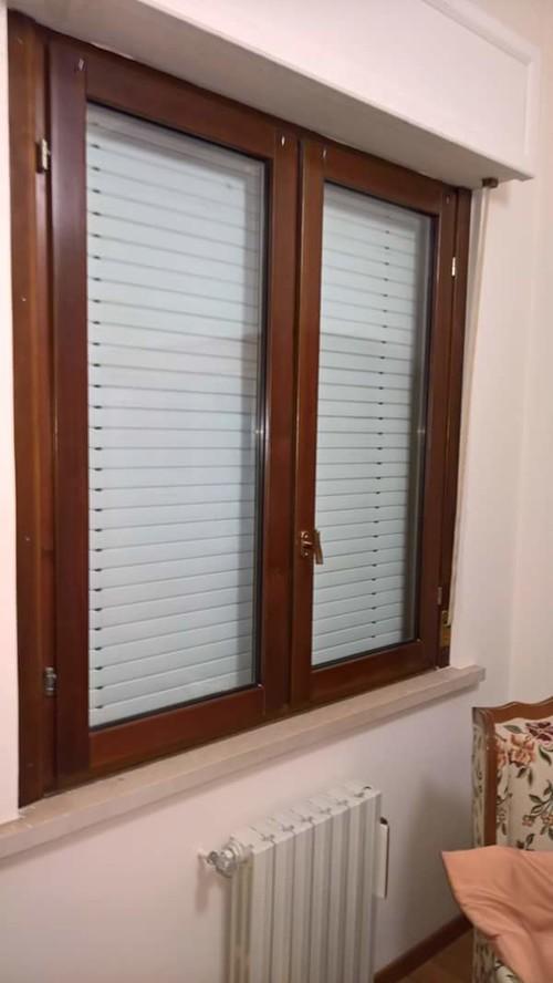 Sostituzione vecchia finestra in legno 1987 for Finestra vecchia