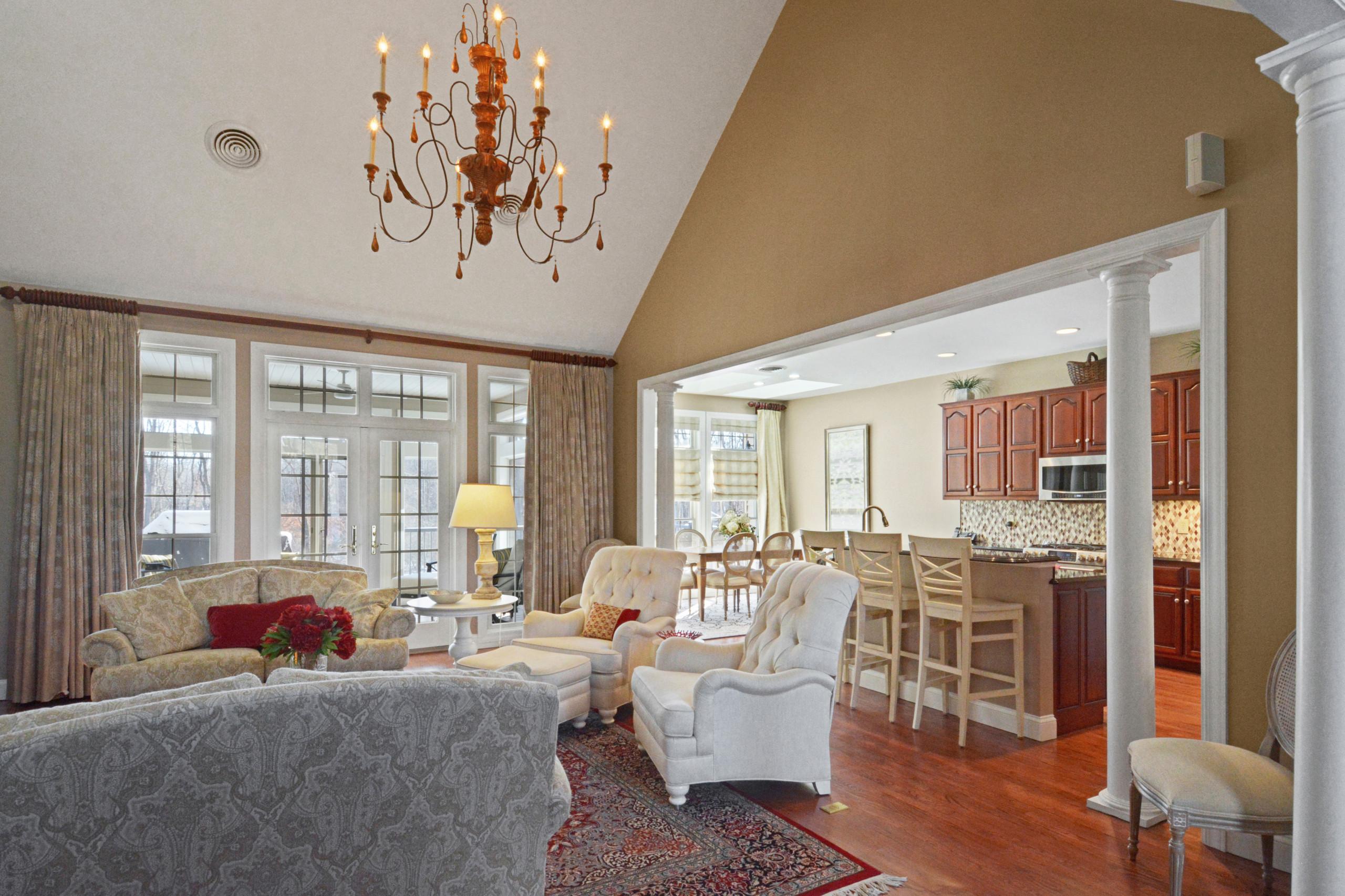 Traditional Living Room Open Floor Plan
