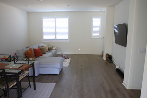 Living Room With Bare Walls Best Space Configuration