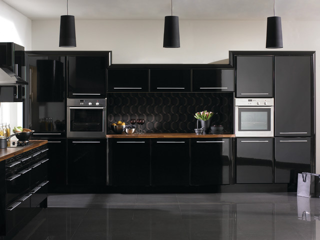 High Gloss Black Kitchens