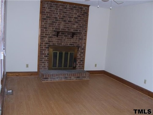 I need help how to design my new living room for I need help decorating my apartment