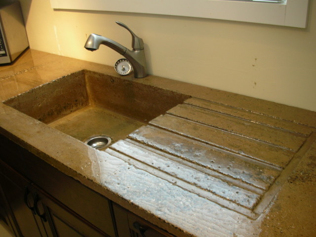 Exceptionnel High Gloss Rustic Concrete Countertop With Built In Sink And Draining Board  Modern