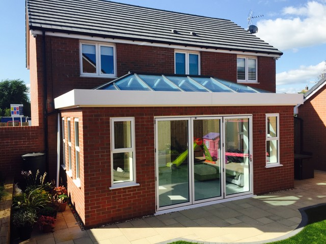 ECO+ Roof Lantern on Flat Roof Home Extension contemporary-skylights