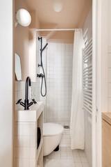 10 astuces pour aménager une petite salle de bains dans un studio