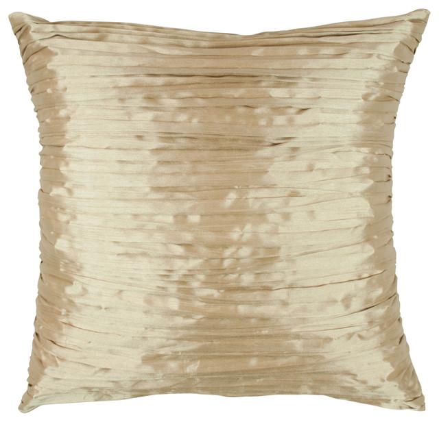 Austin Horn En&x27; Vogue Glamour Quartz Fortuny Pillow.