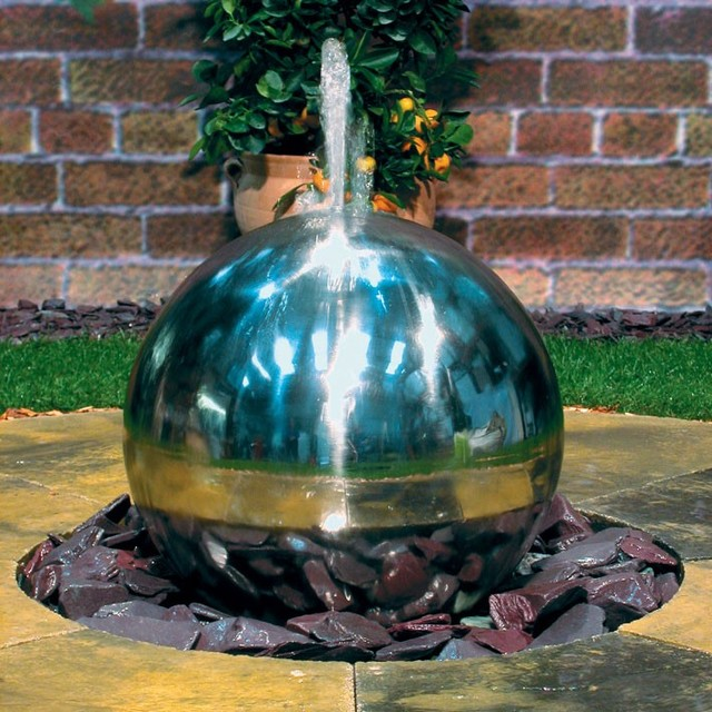 Guest Picks: Fabulous Fountains For Outdoor Spaces Big U0026 Small