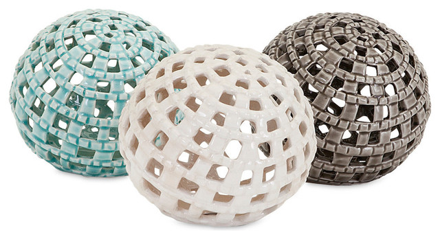Trisha Yearwood Outer Banks Spheres, Assorted Set Of 3.