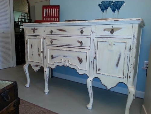 Queen Anne Shabby Chic Sideboard