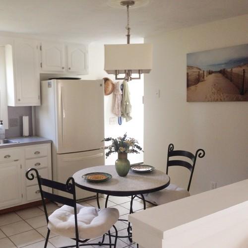 kitchen island or bar counter at half wall. Black Bedroom Furniture Sets. Home Design Ideas