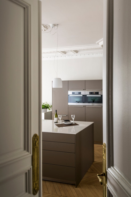 haussmannien et contemporain paris 17e contemporary paris av agence v ronique cotrel. Black Bedroom Furniture Sets. Home Design Ideas