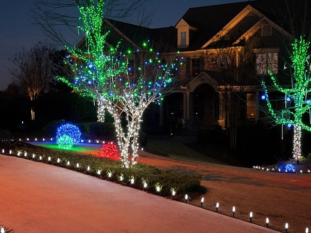 Unique Outdoor Holiday Decorations