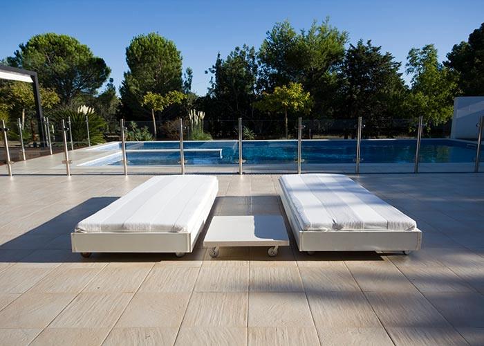 Diseño de piscina y terraza  para vivienda unifamiliar