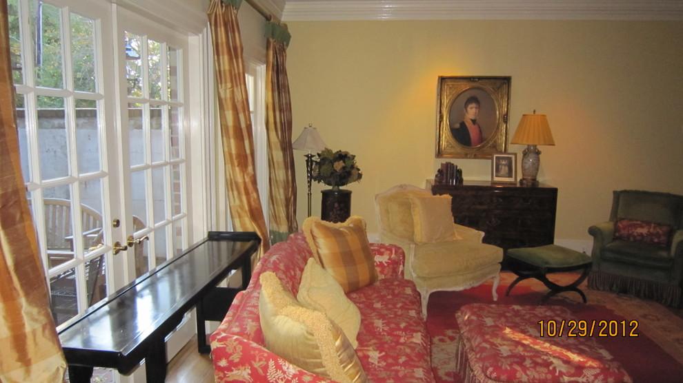 2774 Living Room
