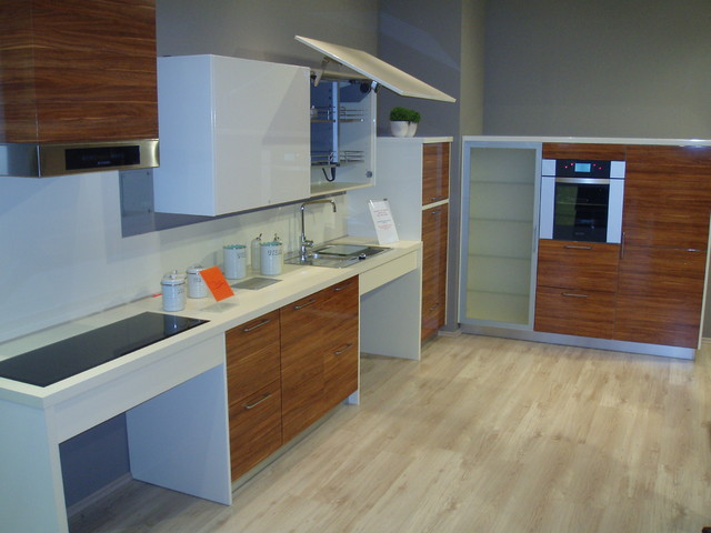 Top Cabinet with Joint Fold Lift Mechanism - Modern - Kitchen - Toronto - by SVEA KITCHENS