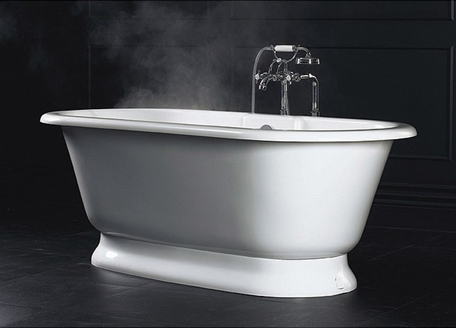 York Bathtub by Victoria and Albert