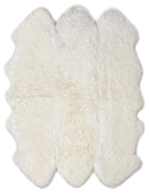 New Zealand Sheepskin Sexto Pelt, 6&x27;x6&x27;, Ivory, 6&x27;x6&x27;.
