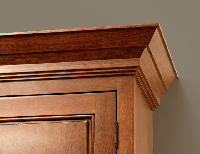 Traditional Crown Molding - Traditional - Flooring - by CliqStudios