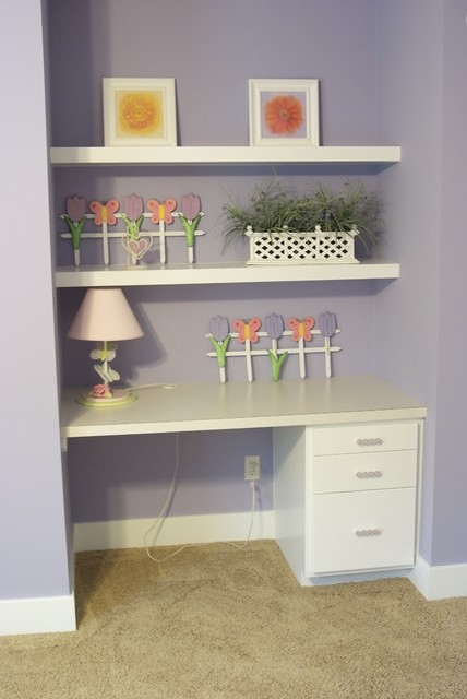 Children\'s Bedroom Built-in Desk - Contemporary - Grand Rapids ...