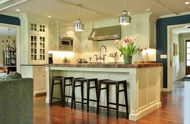 Laurel Bern Interiors | Sunroom | kitchen | family room | Chappaqua, NYTraditional Kitchen, New York