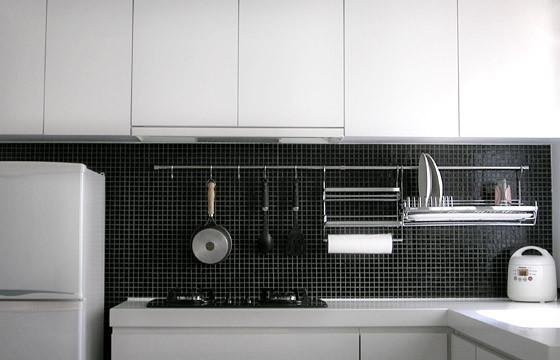 ADARC contemporary-kitchen