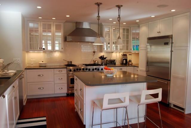 Elegant home design photo in Philadelphia