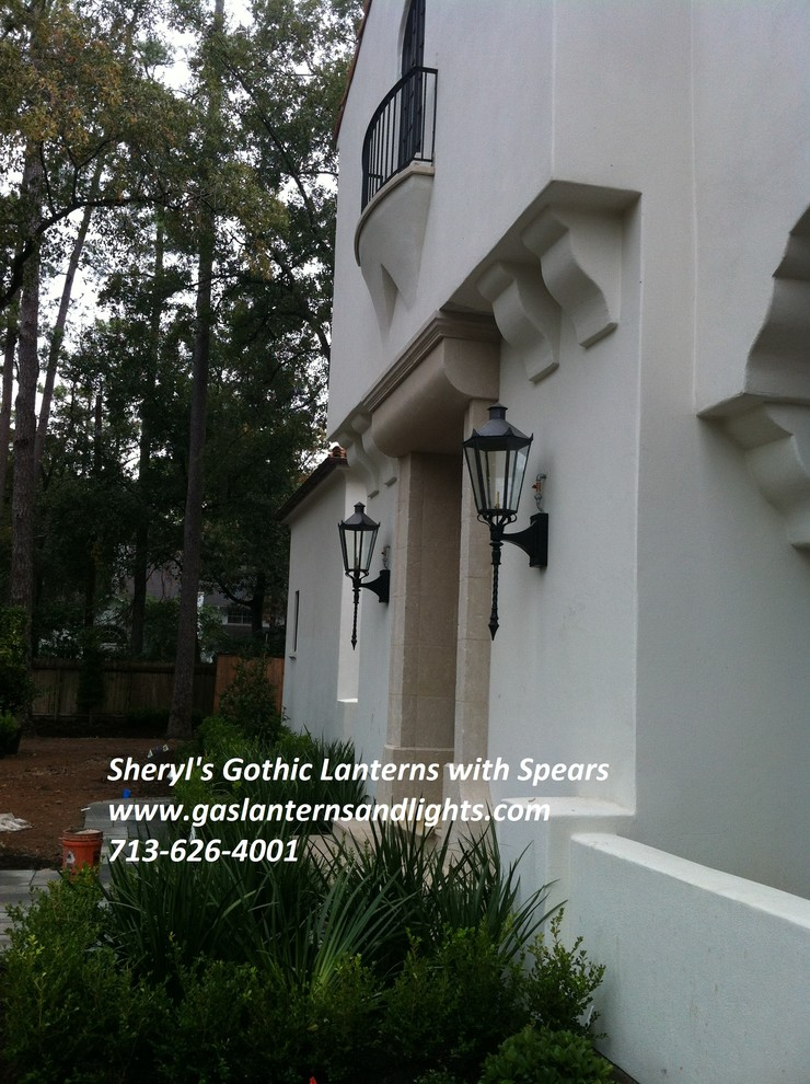 Sheryl's Gothic Gas Lanterns with Spear