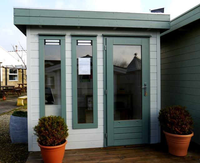 Garden offices contemporary garden shed and building for Contemporary garden office buildings