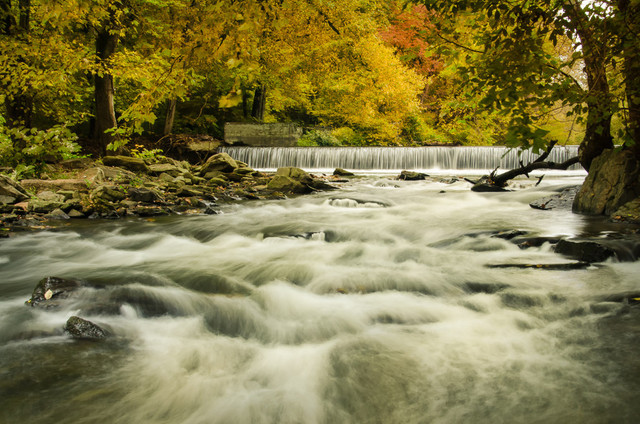 """""""Hoopes Falls in the Autumn"""" Landscape Photo Unframed Wall Art Print, 20""""x30"""""""