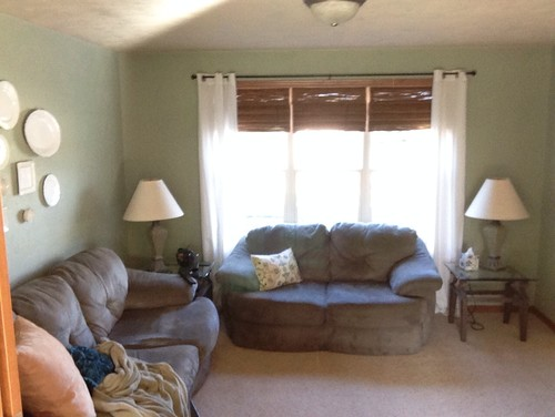 Merveilleux ... Olive Green Couches That Were A Hand Me Down. I Have No Idea How To  Best Arrange Furniture Or Bring Life And Color To This Drab And Dreary  Family Room!