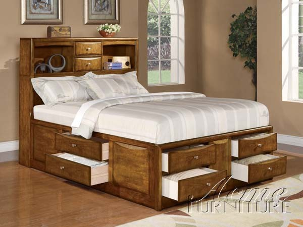 Phoenix Storage King Bed Oak Finish Traditional Beds